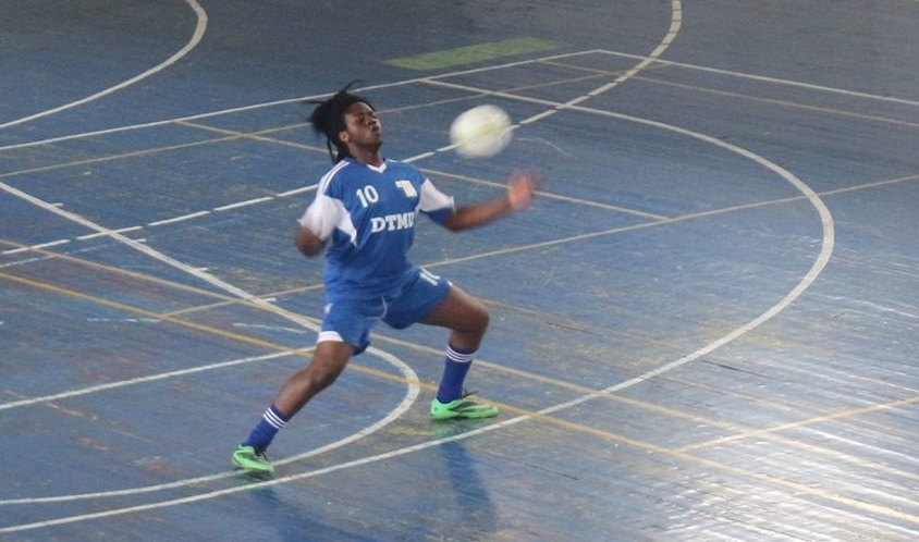 Futsal - First game of the students league