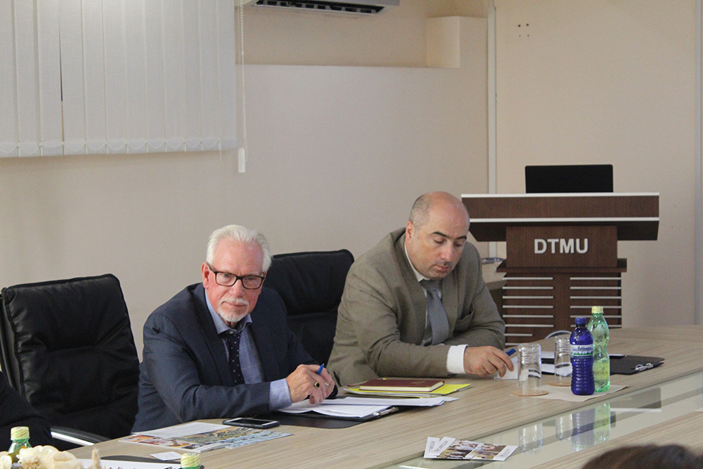 Virginia polytechnic institute delegations visit at DTMU